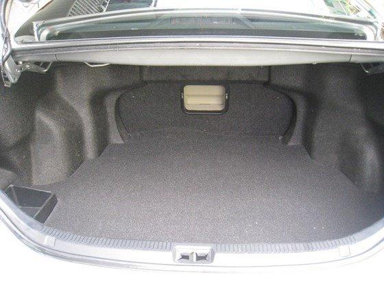 Gia đình bán Toyota Camry 2.4L SX cuối 2012 màu bạc nội thất màu da kem rất đẹp-17