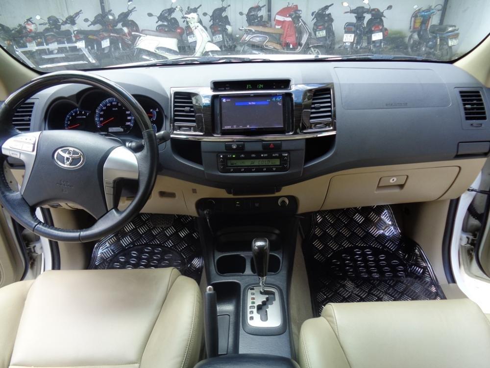 Toyota Camry 2.7 V TRD màu trắng 1 cầu sản xuất 2014 cần bán-9