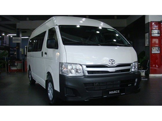Bán xe ô tô Toyota Hiace, giảm giá 50 triệu PK + 7 món-0