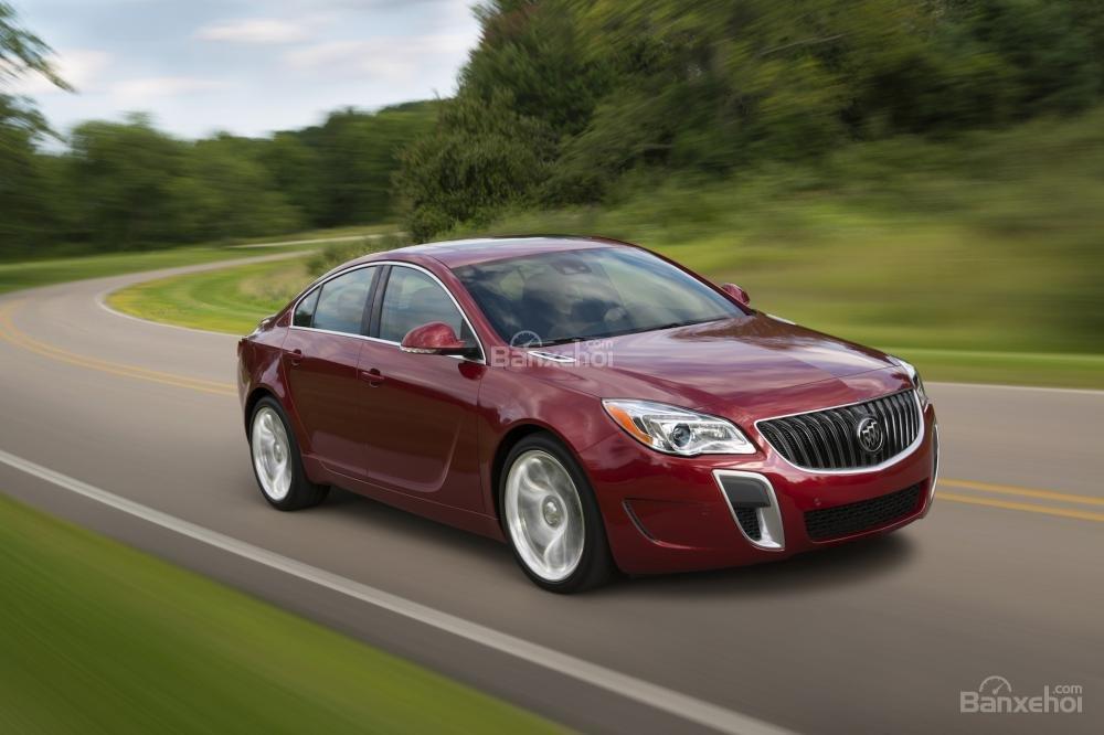 Đánh giá xe Buick Regal 2015: Mẫu xe hạng sang giá cả phải chăng