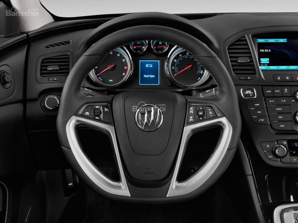 Đánh giá vô lắng xe Buick Regal 2015