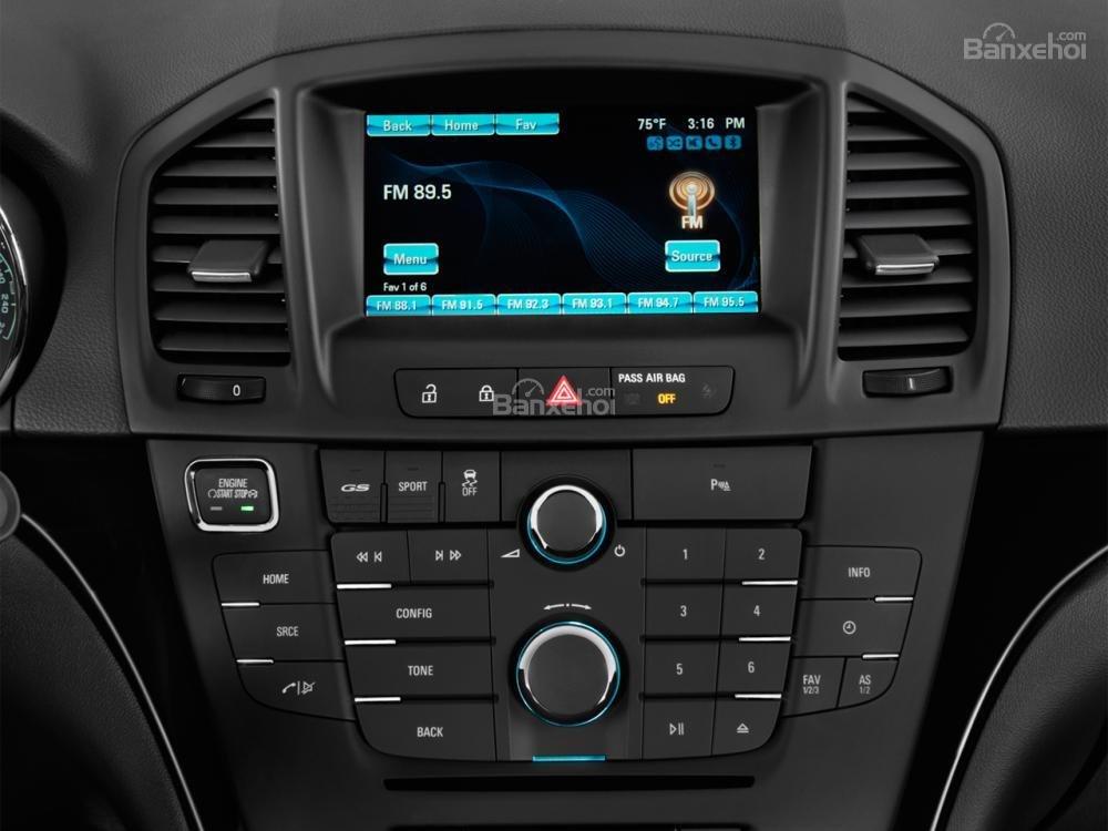 Đánh giá tiện nghi trên xe Buick Regal 2015