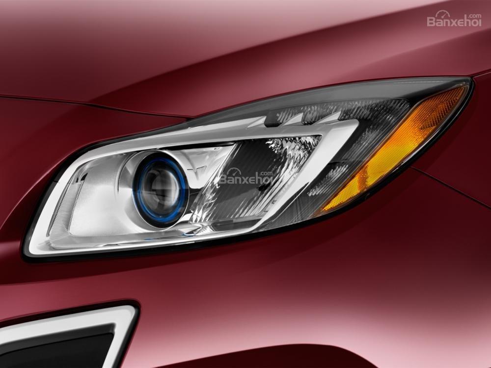 Đánh giá đèn pha xe Buick Regal 2015