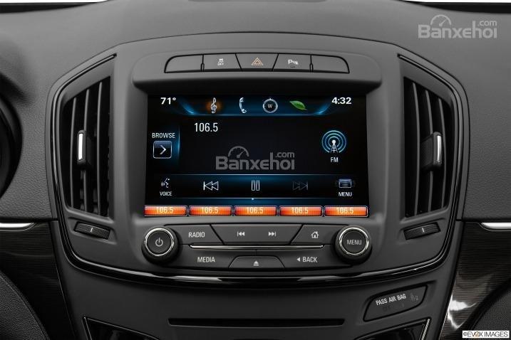 Đánh giá tiện nghi trên xe Buick Regal 2015-