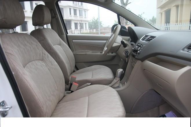 Cần bán gấp 01 chiếc xe Nissan Livina, xe Nhật Bản-2