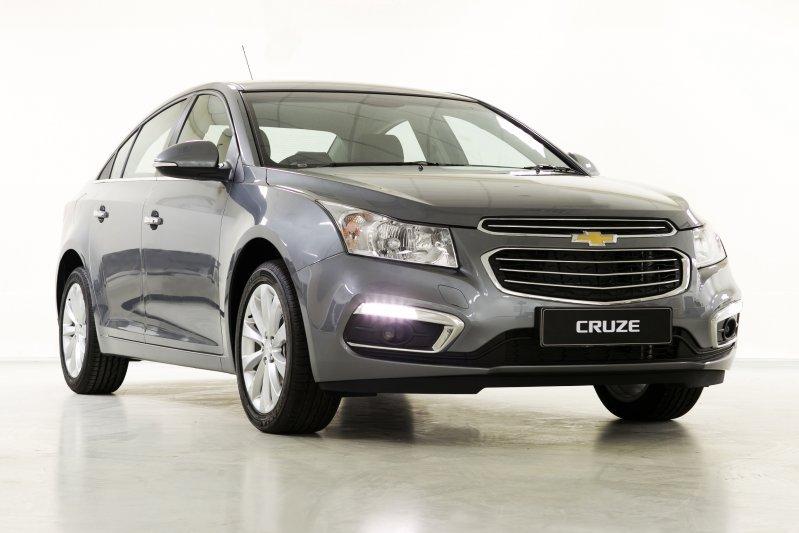Cần bán xe Chevrolet Cruze 2015, màu xám, nhập khẩu chính hãng -0