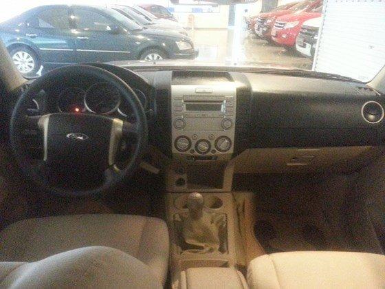 Chính chủ cần bán xe Ford Escape đời 2011, màu hồng, nhập khẩu-3
