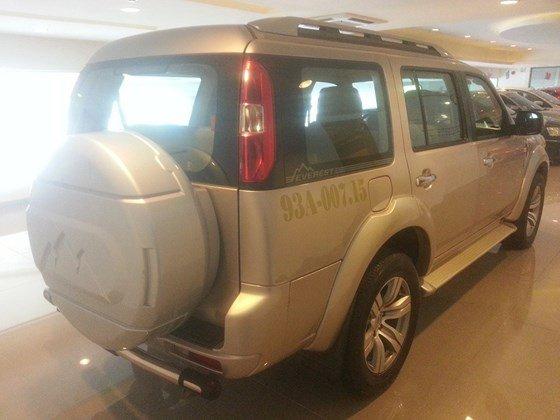 Chính chủ cần bán xe Ford Escape đời 2011, màu hồng, nhập khẩu-8