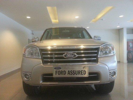 Chính chủ cần bán xe Ford Escape đời 2011, màu hồng, nhập khẩu-1