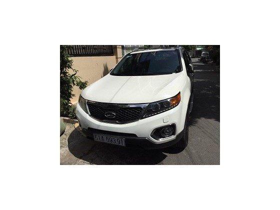 Cần bán lại xe Kia Sorento đời 2014, màu trắng, nhập khẩu chính hãng, số tự động, giá 837tr-0