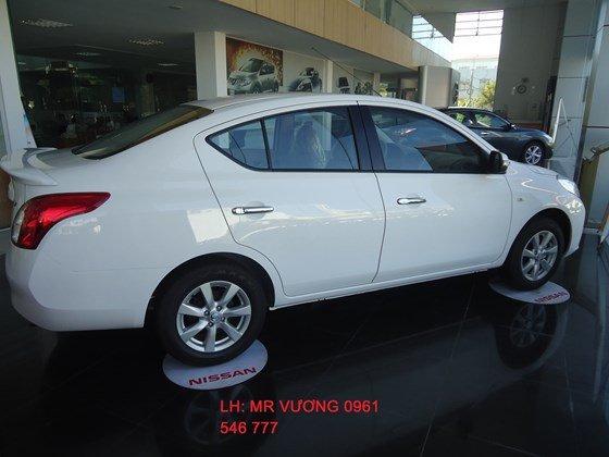 Cần bán xe Nissan Sunny XV đời 2015, màu trắng, nhập khẩu nguyên chiếc-9