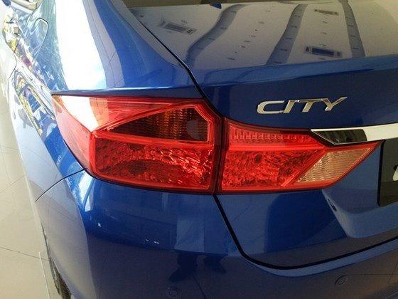 Cần bán Honda City năm 2015, xe nhập, giá chỉ 604tr-3