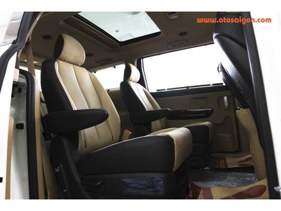 Cần bán Kia Sedona đời 2015, màu trắng, nhập khẩu nguyên chiếc, giá tốt-8