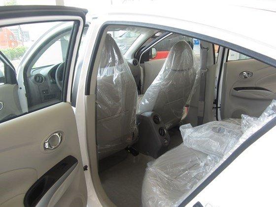 Cần bán xe Nissan Sunny XV đời 2015, màu trắng, nhập khẩu nguyên chiếc-12