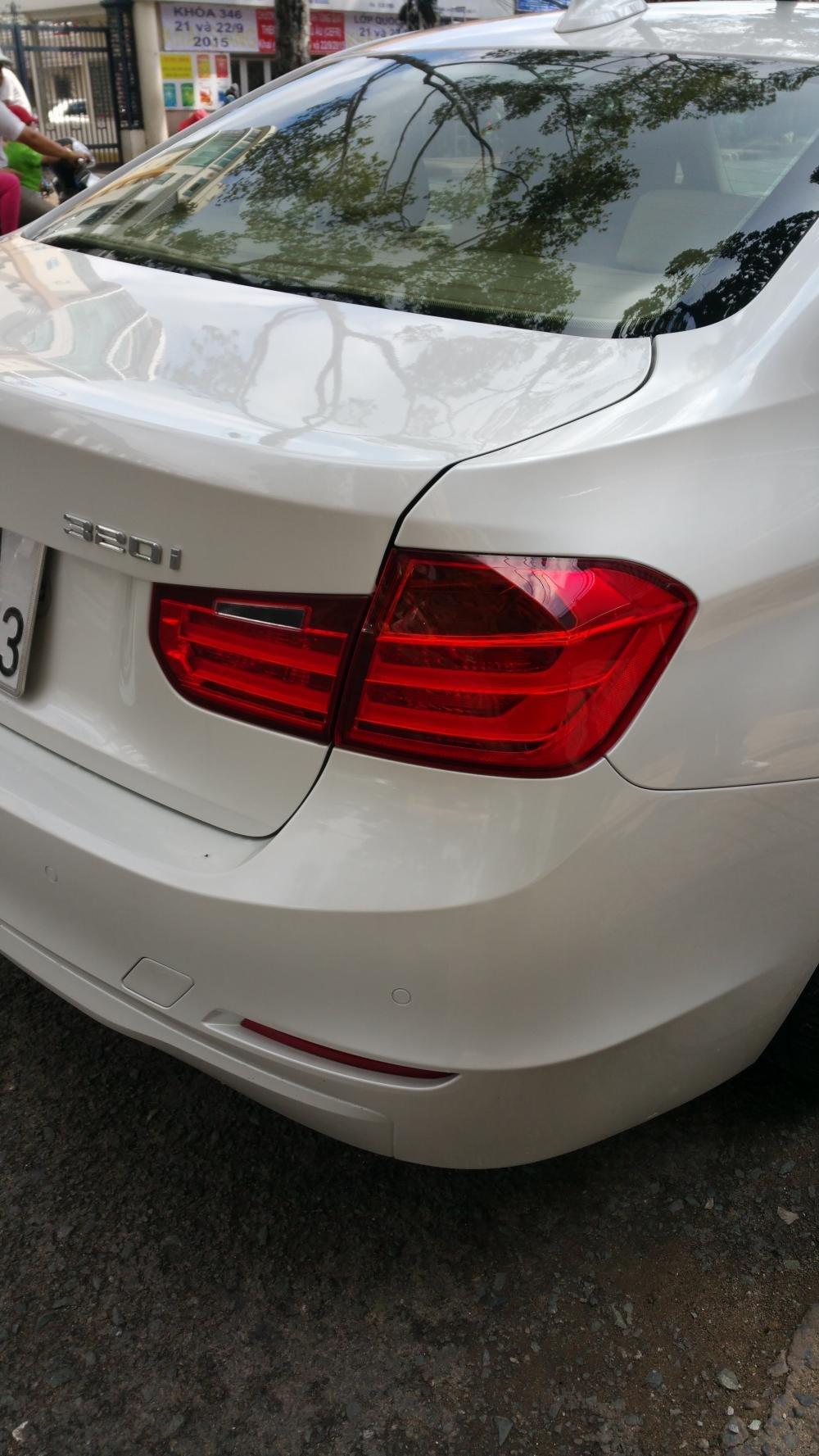 Bán xe BMW 3 Series 320i năm 2013, màu trắng, nhập khẩu nguyên chiếc còn mới-0