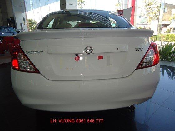 Cần bán xe Nissan Sunny XV đời 2015, màu trắng, nhập khẩu nguyên chiếc-8