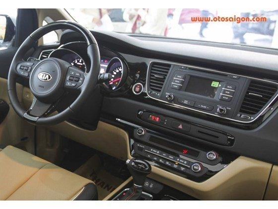 Cần bán Kia Sedona đời 2015, màu trắng, nhập khẩu nguyên chiếc, giá tốt-17