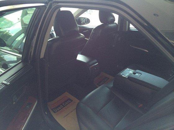 Cần bán gấp xe Toyota Camry đời 2013, màu đen, nhập khẩu chính hãng-2