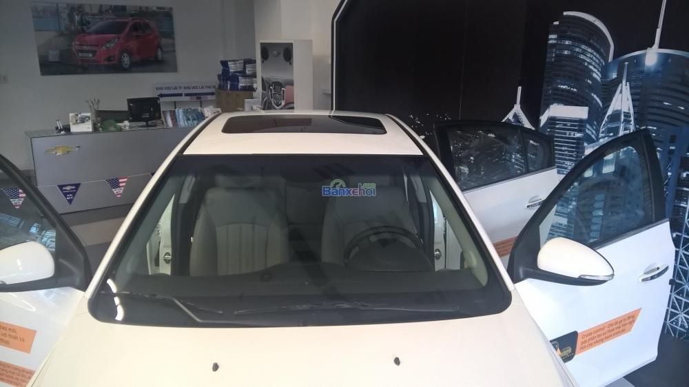 Cần bán Chevrolet Cruze năm 2015, màu trắng-4
