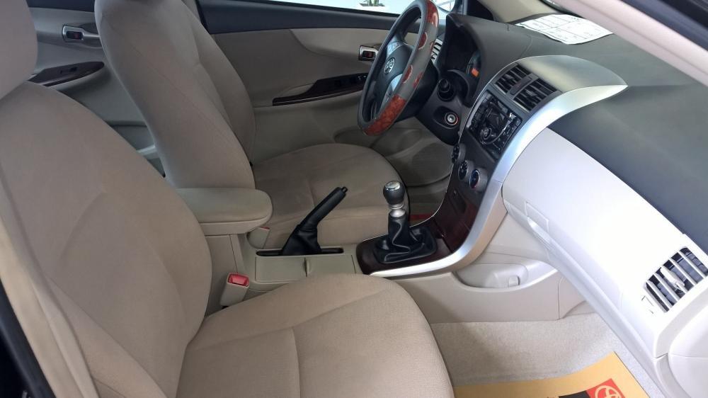 Bán xe Toyota Corolla 1.8MT đời 2012, màu đen, xe nhập  -4