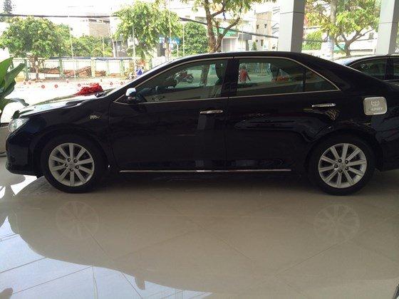 Cần bán gấp xe Toyota Camry đời 2013, màu đen, nhập khẩu chính hãng-0
