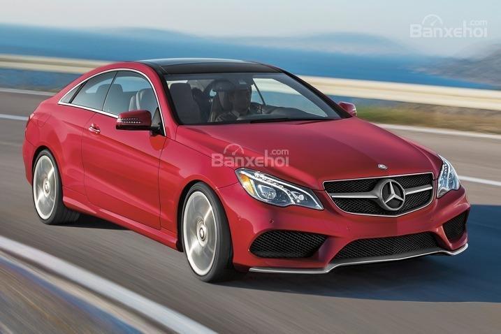 Đánh giá xe Mercedes E-Class 2016: Mẫu xe cỡ trung thách thức mọi đối thủ.