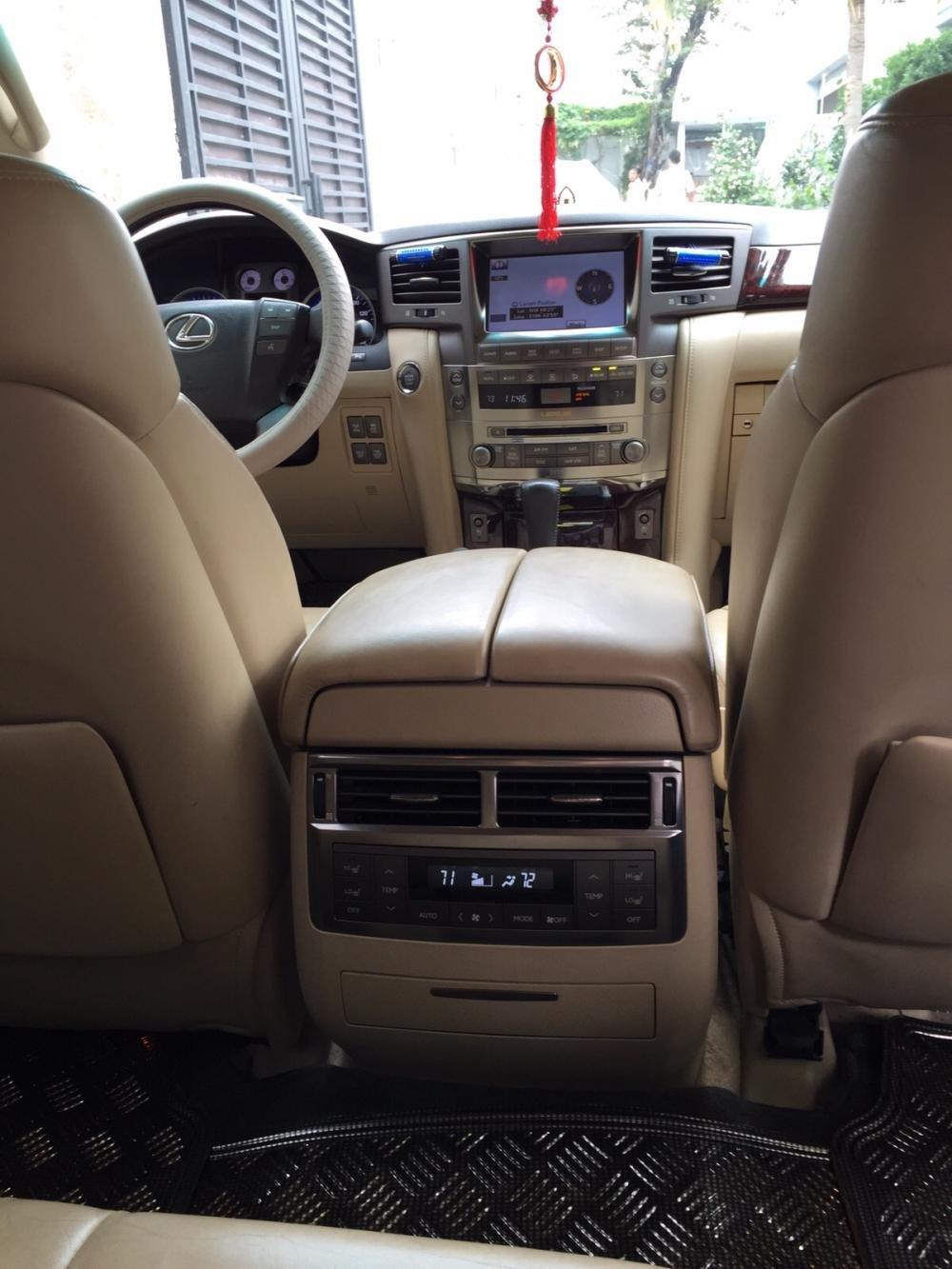 Lexus LX570. Full option không thiếu gì cả kể cả tủ lạnh cần bán-2
