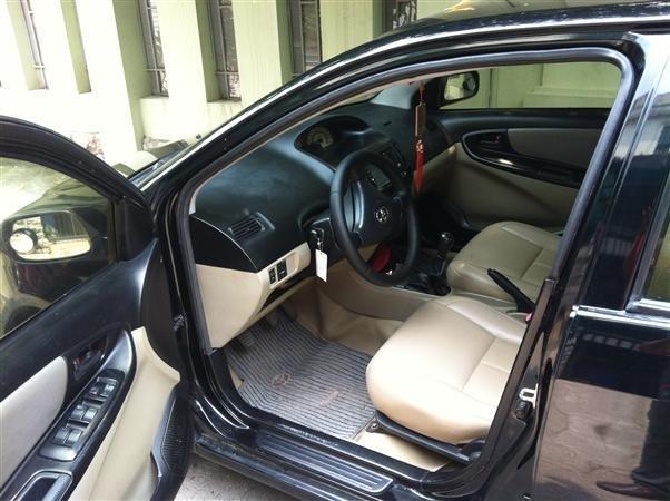 Gia đình tôi bán chiếc xe Toyota Vios sản xuất 2007-2