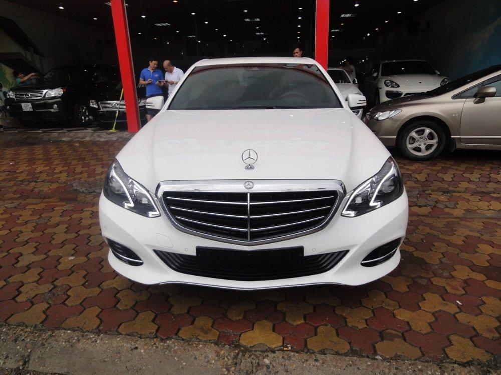 Việt Nhật Auto bán xe Mercedes E200 đời 2015, màu trắng-0
