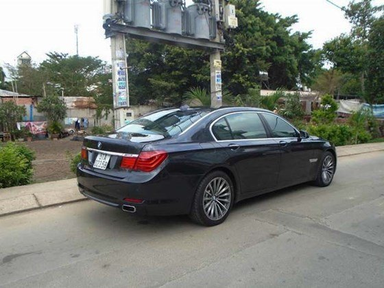 Bán xe BMW 7 Series 740Li đời 2010 đăng kí lần đầu 31/12/2010, xe nhập khẩu từ Mỹ-7