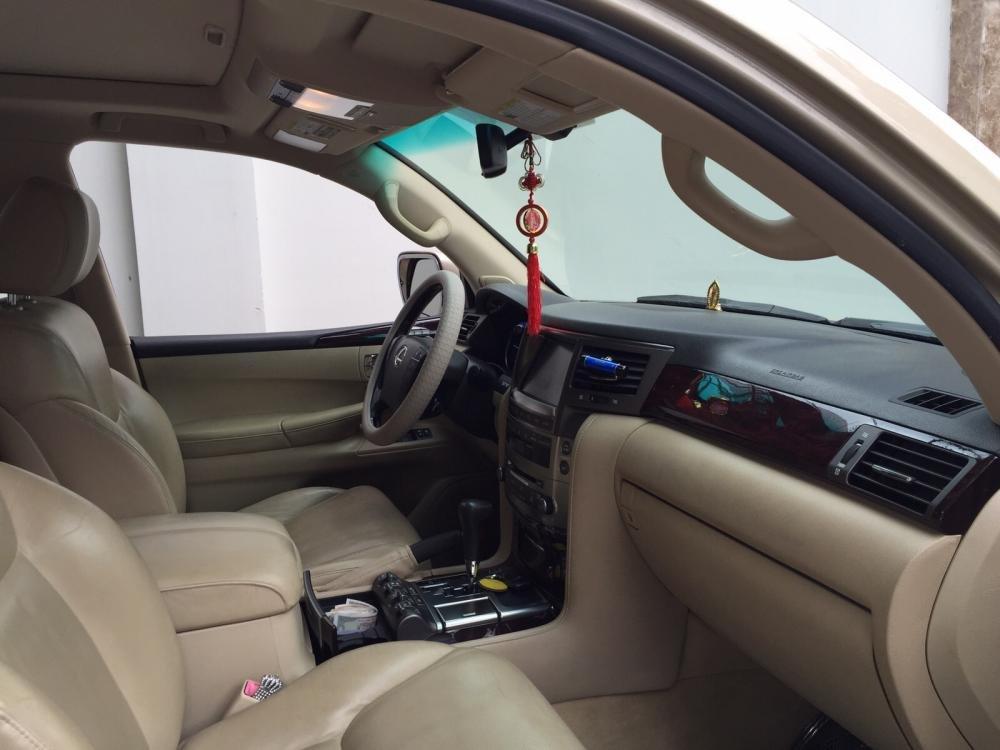 Lexus LX570. Full option không thiếu gì cả kể cả tủ lạnh cần bán-7