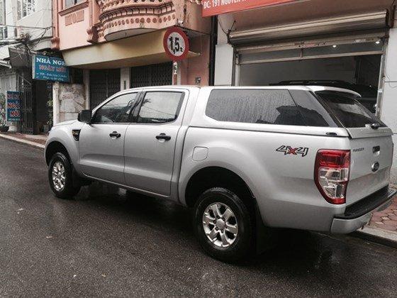 Ford Ranger 2.2 MT máy dầu 4x4, nhập khẩu, 2 cầu, số sàn, sản xuất 12/2014, màu ghi bạc-0