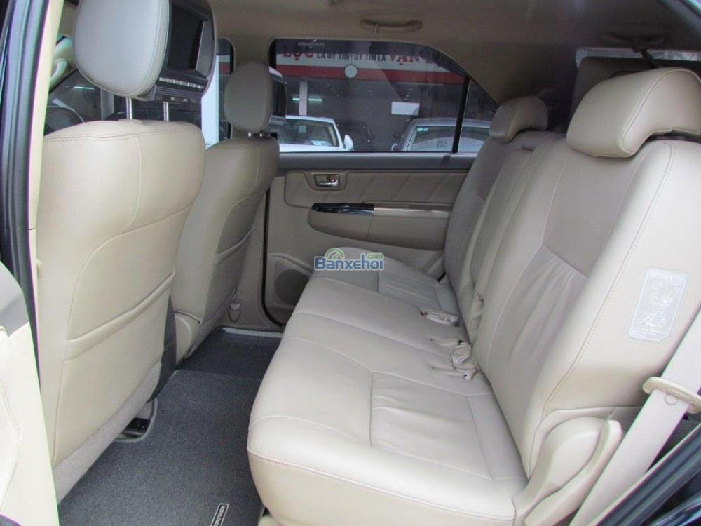 Bán Toyota Fortuner 2.7V-4x2 đời 2014, màu đen-10