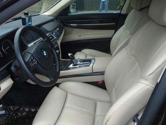 Bán xe BMW 7 Series 740Li đời 2010 đăng kí lần đầu 31/12/2010, xe nhập khẩu từ Mỹ-5