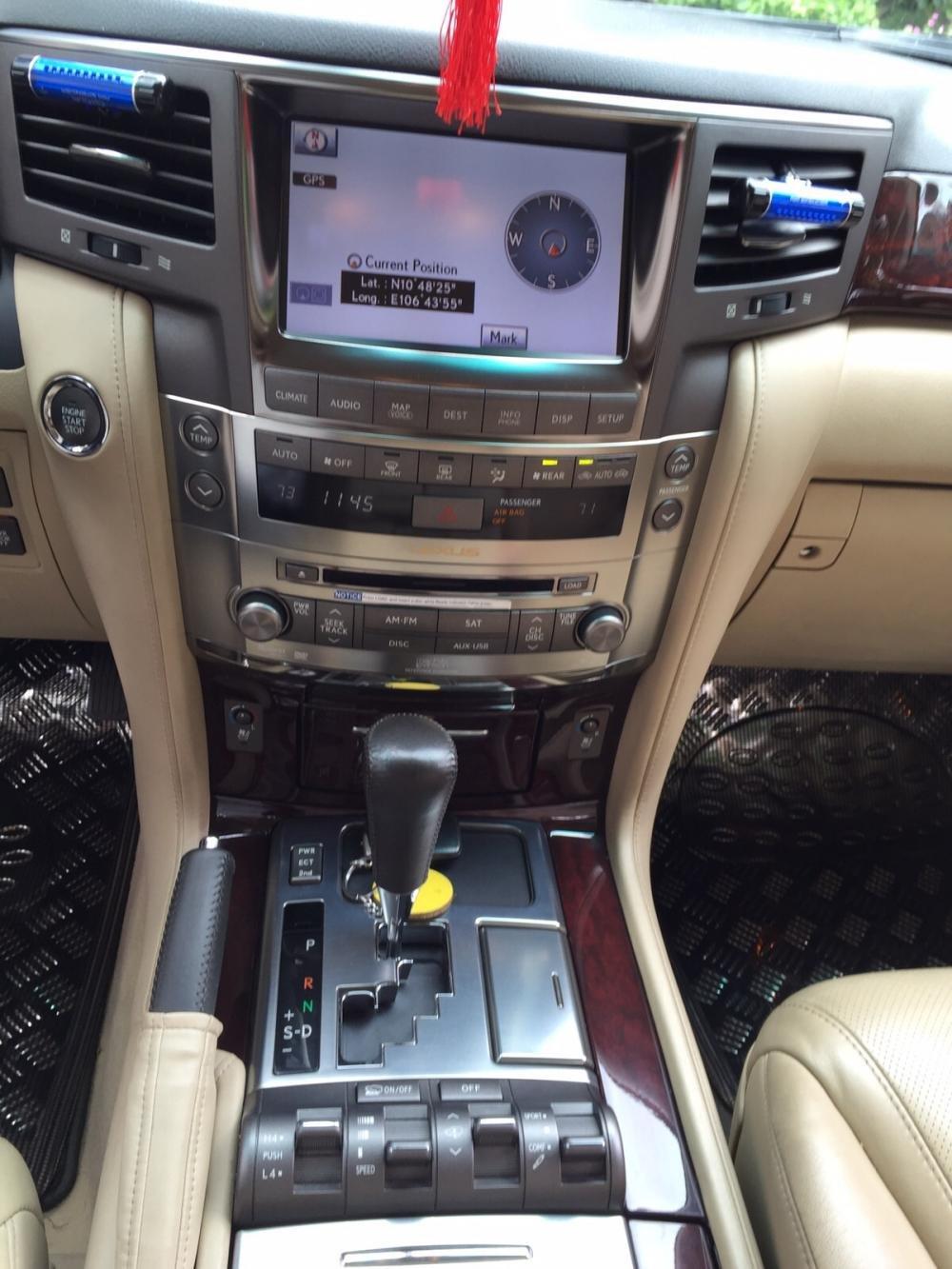 Lexus LX570. Full option không thiếu gì cả kể cả tủ lạnh cần bán-4