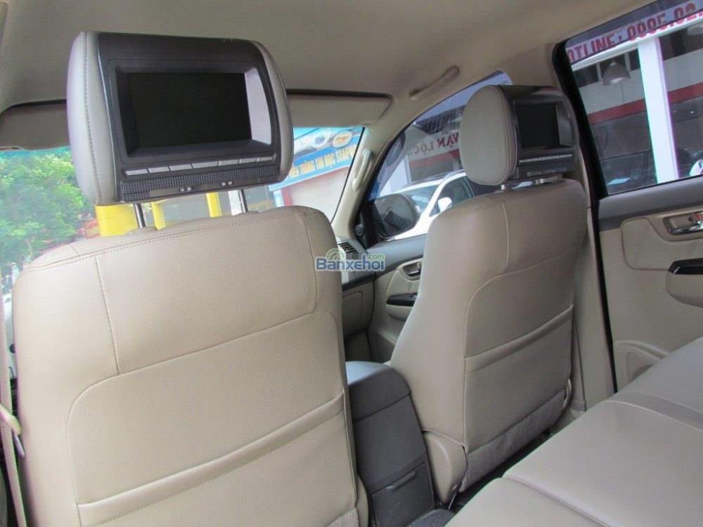 Bán Toyota Fortuner 2.7V-4x2 đời 2014, màu đen-11