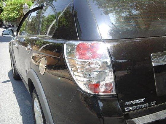 Gia đình cần bán xe Captiva MAXX LT sản xuất và đăng ký 2010, màu đen, số tay-0