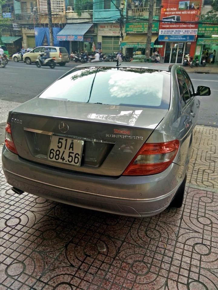 Mercedes C200, dòng Avangarde, màu bạc, đời 2008 cần bán-7
