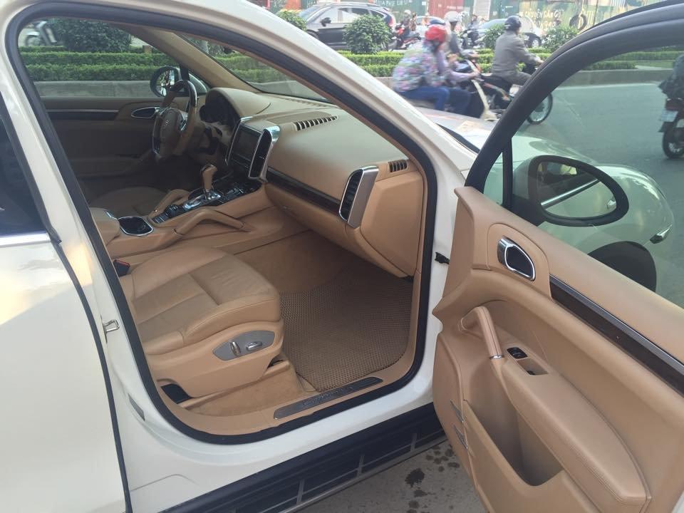Xe Porsche Cayenne đời 2011, màu trắng, xe nhập, chính chủ-4
