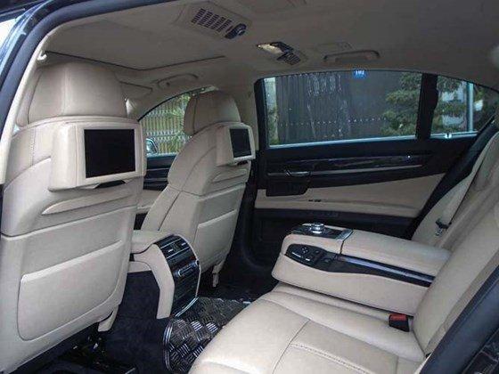 Bán xe BMW 7 Series 740Li đời 2010 đăng kí lần đầu 31/12/2010, xe nhập khẩu từ Mỹ-3