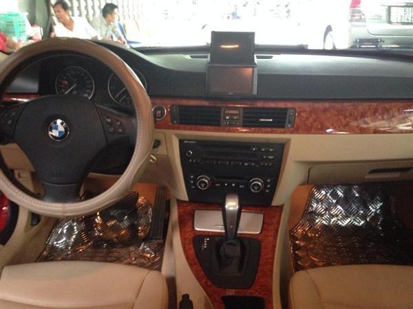 Cần bán BMW 320i đời 2010, màu đỏ, nhập khẩu, số tự động -3