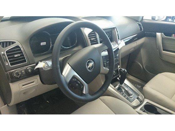 Cần bán xe Chevrolet Captiva LTZ đời 2015, màu trắng, nhập khẩu chính hãng, 949tr-8