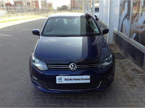 Cần bán xe Volkswagen Polo sản xuất 2015, màu xanh lam, nhập khẩu chính hãng, 690tr-1