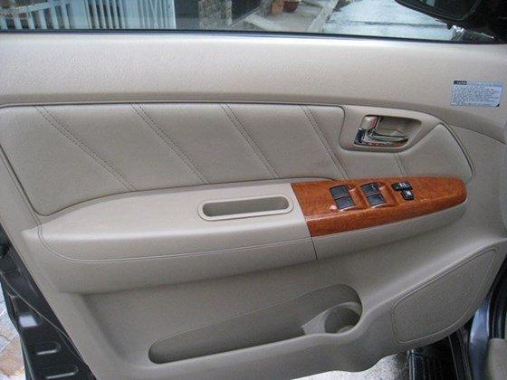 Bán xe Toyota Fortuner đời 2011, màu xám, nhập khẩu chính hãng, giá chỉ 780 triệu-6