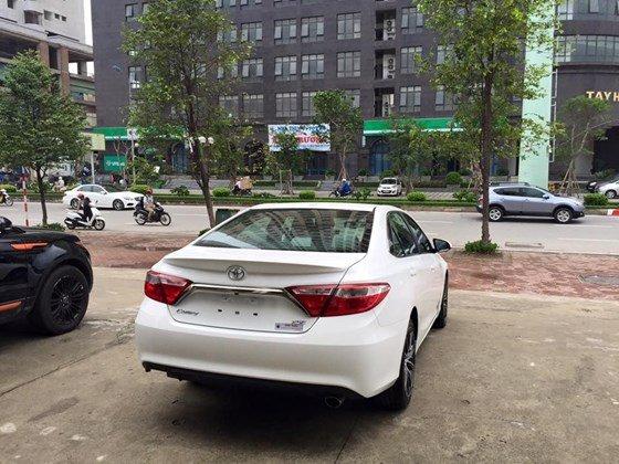 Bán Camry 2.5 XSE 2015 nhập Mỹ (bản đặc biệt) xe màu trắng, nội thất kem, mới 100%-5