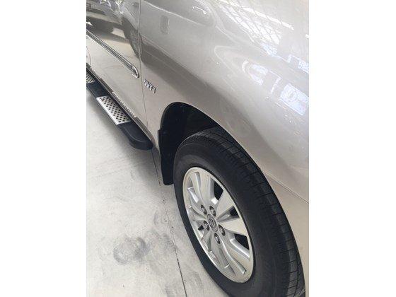 Bán Toyota Innova G 2010, màu nâu, nhập khẩu nguyên chiếc, số sàn, 660tr-2