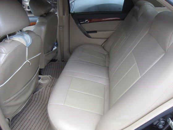 Bán ô tô Daewoo Gentra MT đời 2010, màu đen, xe nhập, còn mới-8