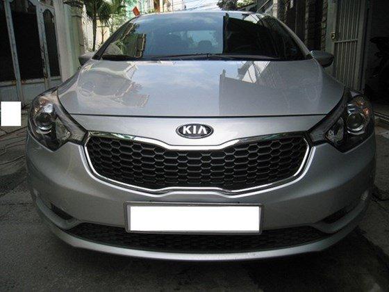 Cần bán lại xe Kia K3 AT đời 2015, màu bạc, nhập khẩu nguyên chiếc, số tự động, giá 657tr-0