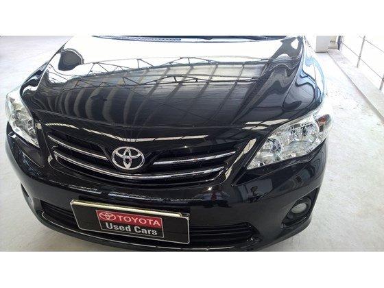 Toyota Đông Sài Gòn đang có một chiếc Altis 1.8MT màu đen-1