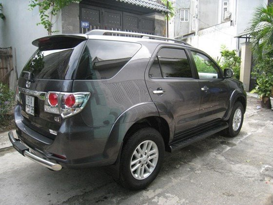 Cần bán gấp Toyota Fortuner G sản xuất 2014, màu xám, nhập khẩu, chính chủ-4